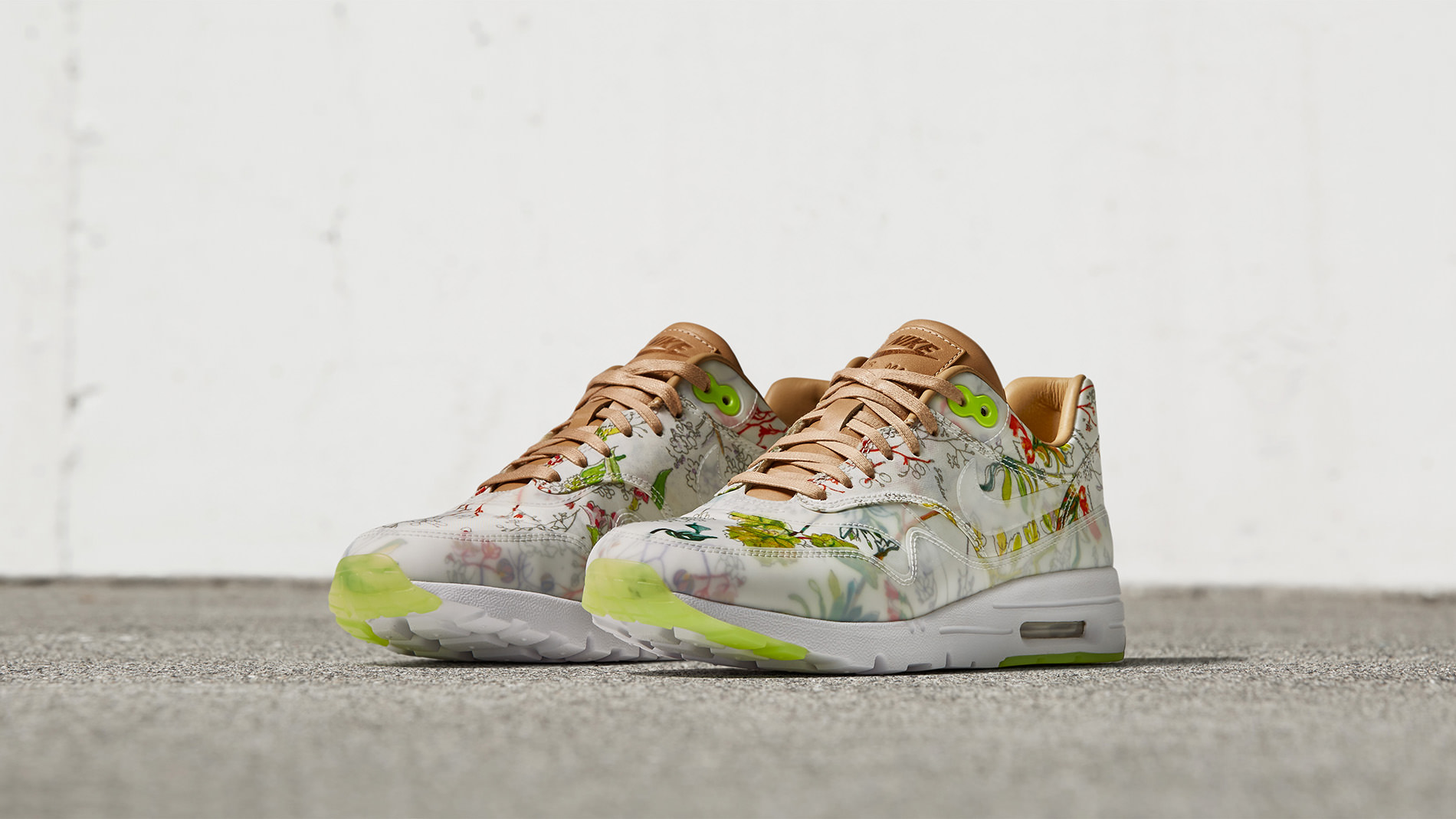 WOMEN'S NIKE × LIBERTY 2016 COLLECTION