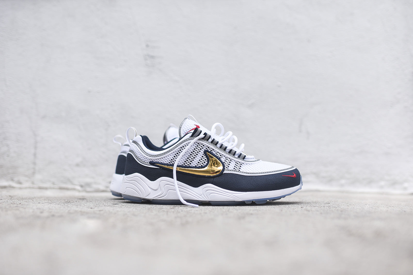 KITH x NIKE Pop-Up Store スニーカー