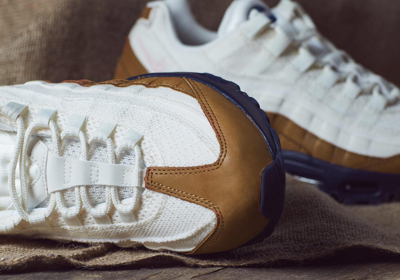 57b40bd1d7c7463957d98372_Nike_Ale_Brown_Pack_11