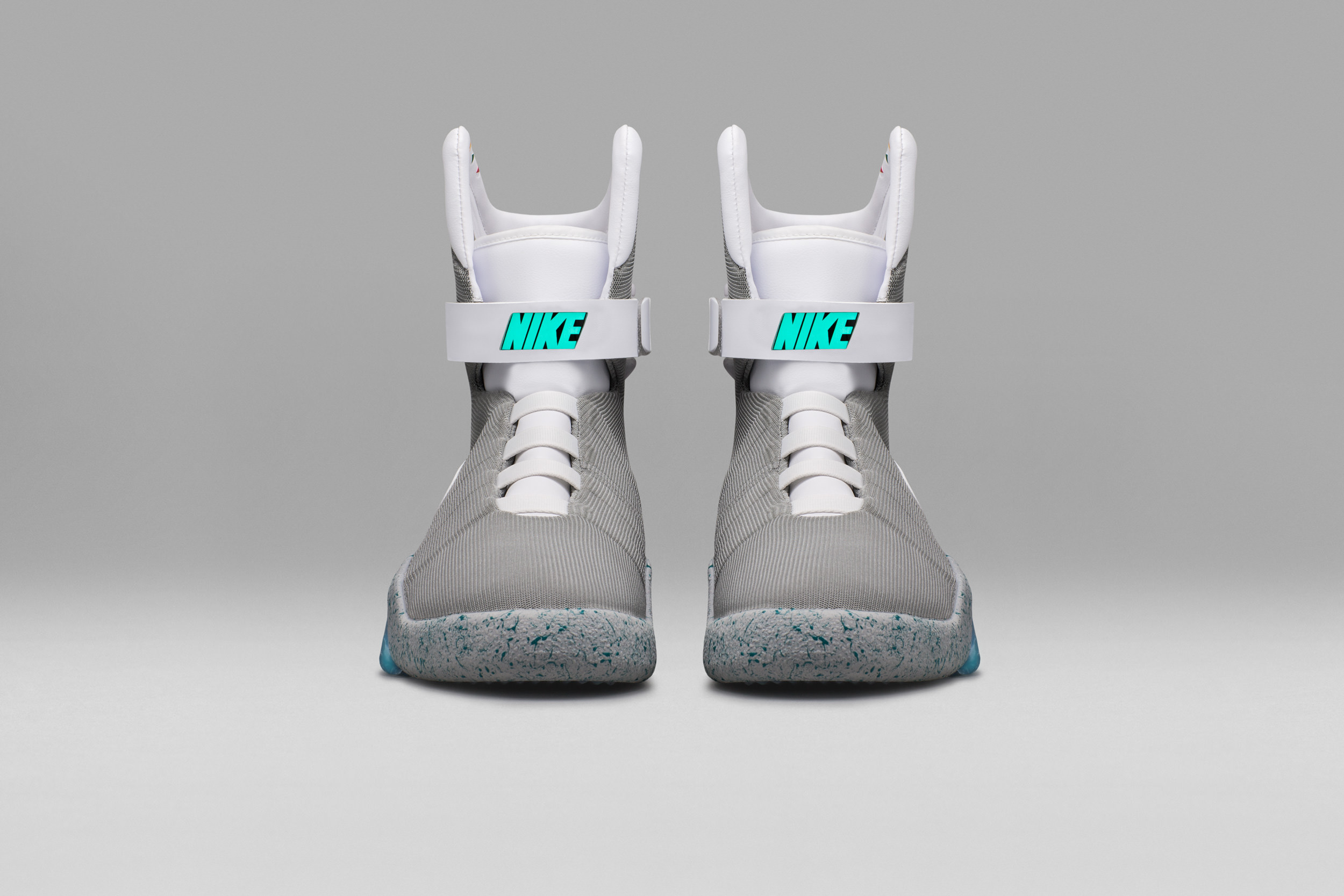 57f446338adaec7e7c8efe5e_Nike-Mag-2016-Official-08_original