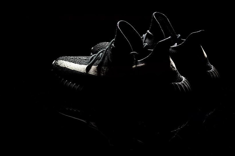 5806f89f6c9b559b1441abc0_adidas-Yeezy-Boost-350-SPLY-Black-White-02