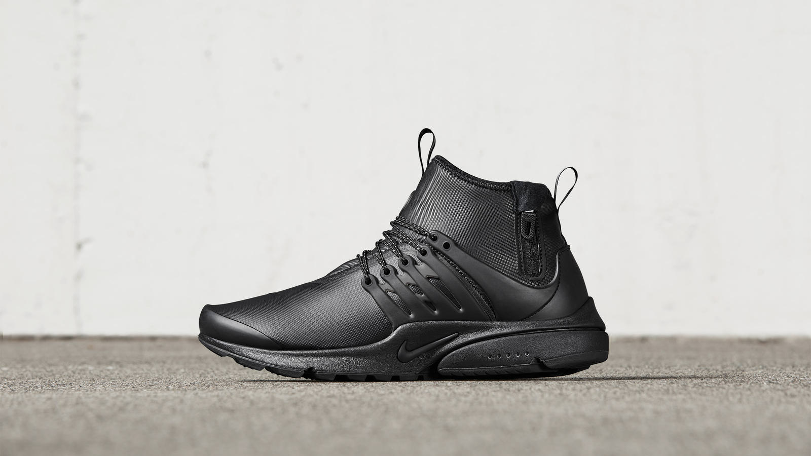 58194762c5fddf0f70aade79_161026_footwear_sneakerboot_p_0064r_hd_1600
