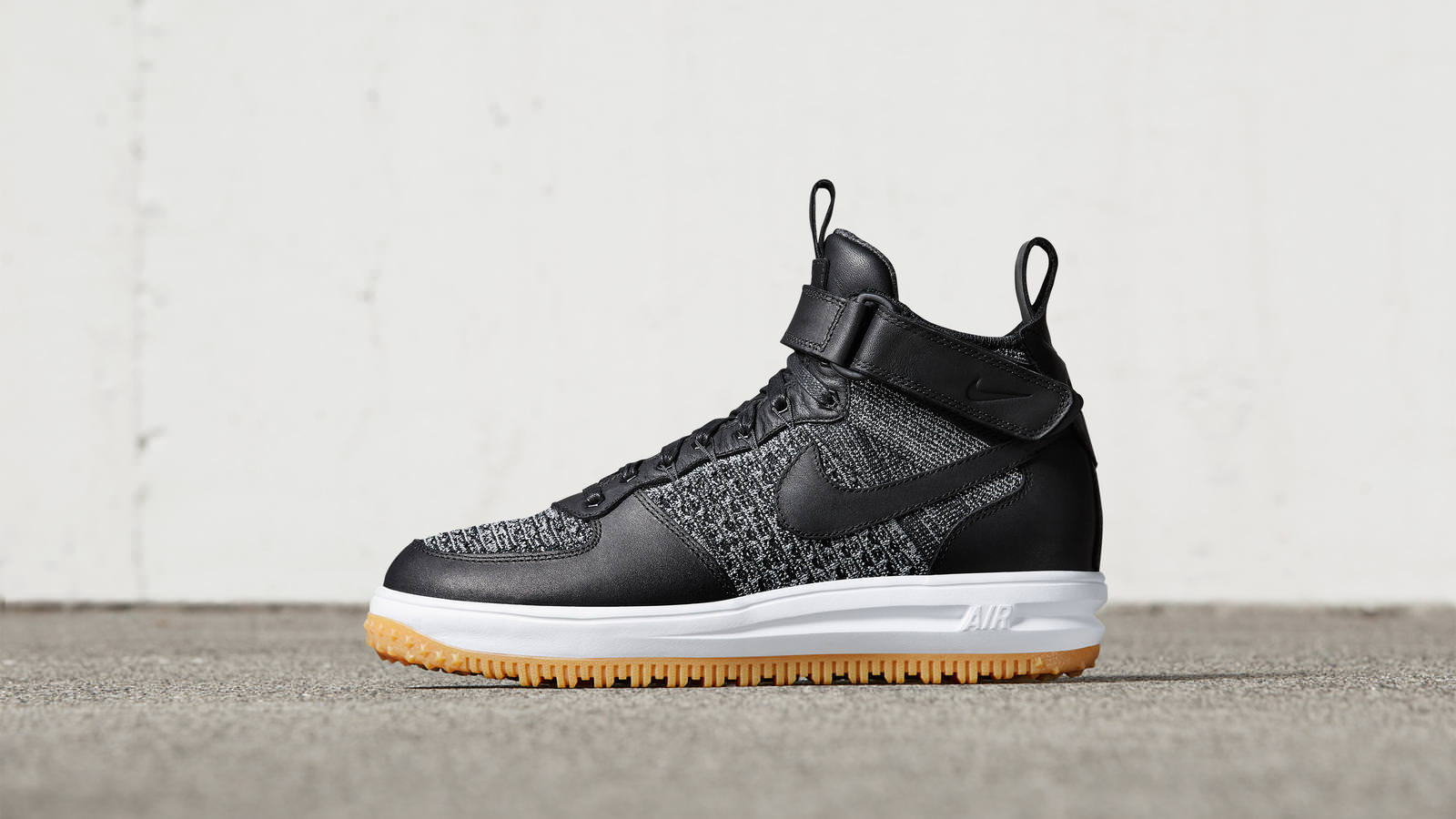 58194846a4bfa69a4ded421b_161026_footwear_sneakerboot_p_0051r_hd_1600