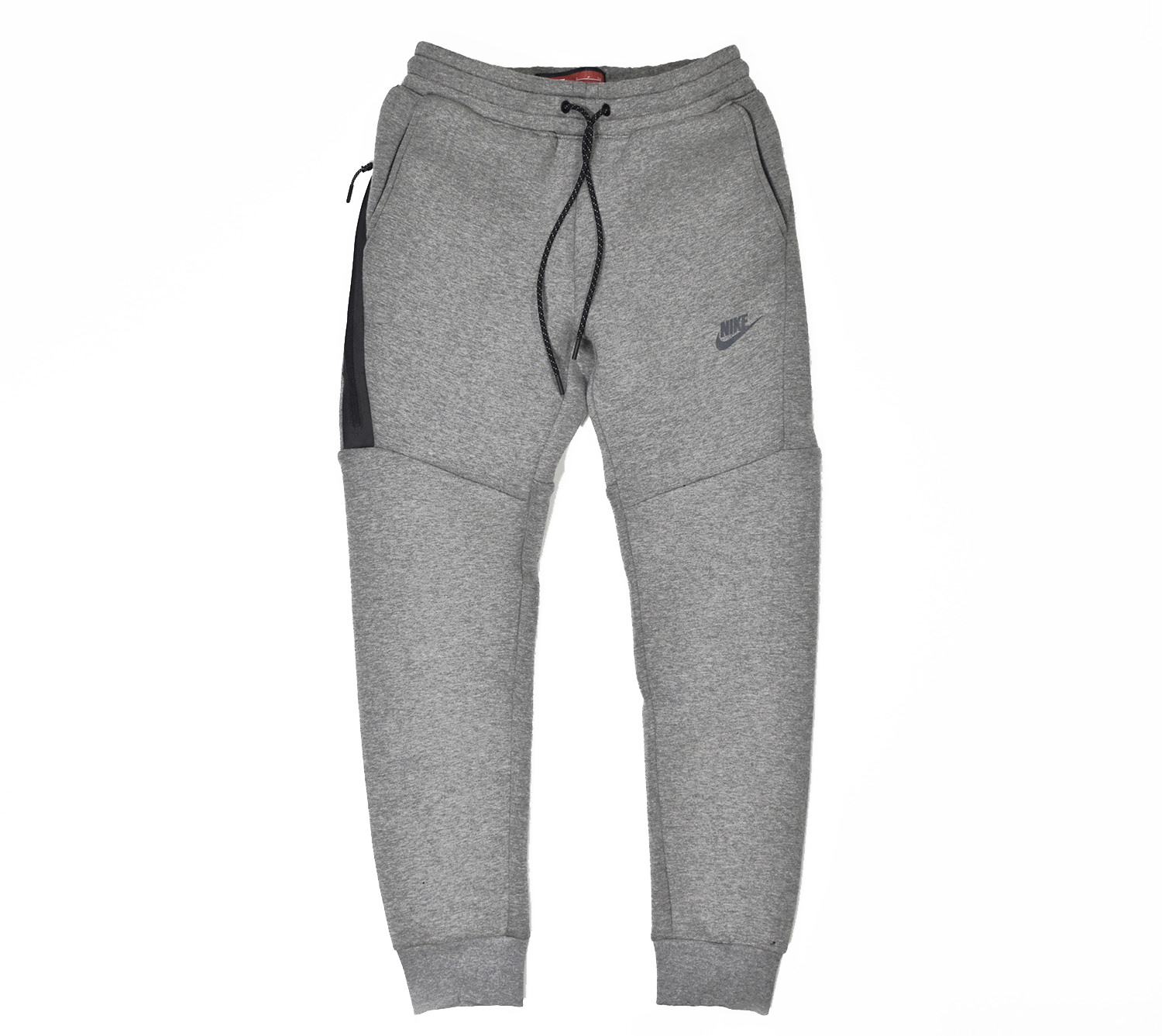 582012509ee306e06535dfc3_tech-fleece-3mm-03-1